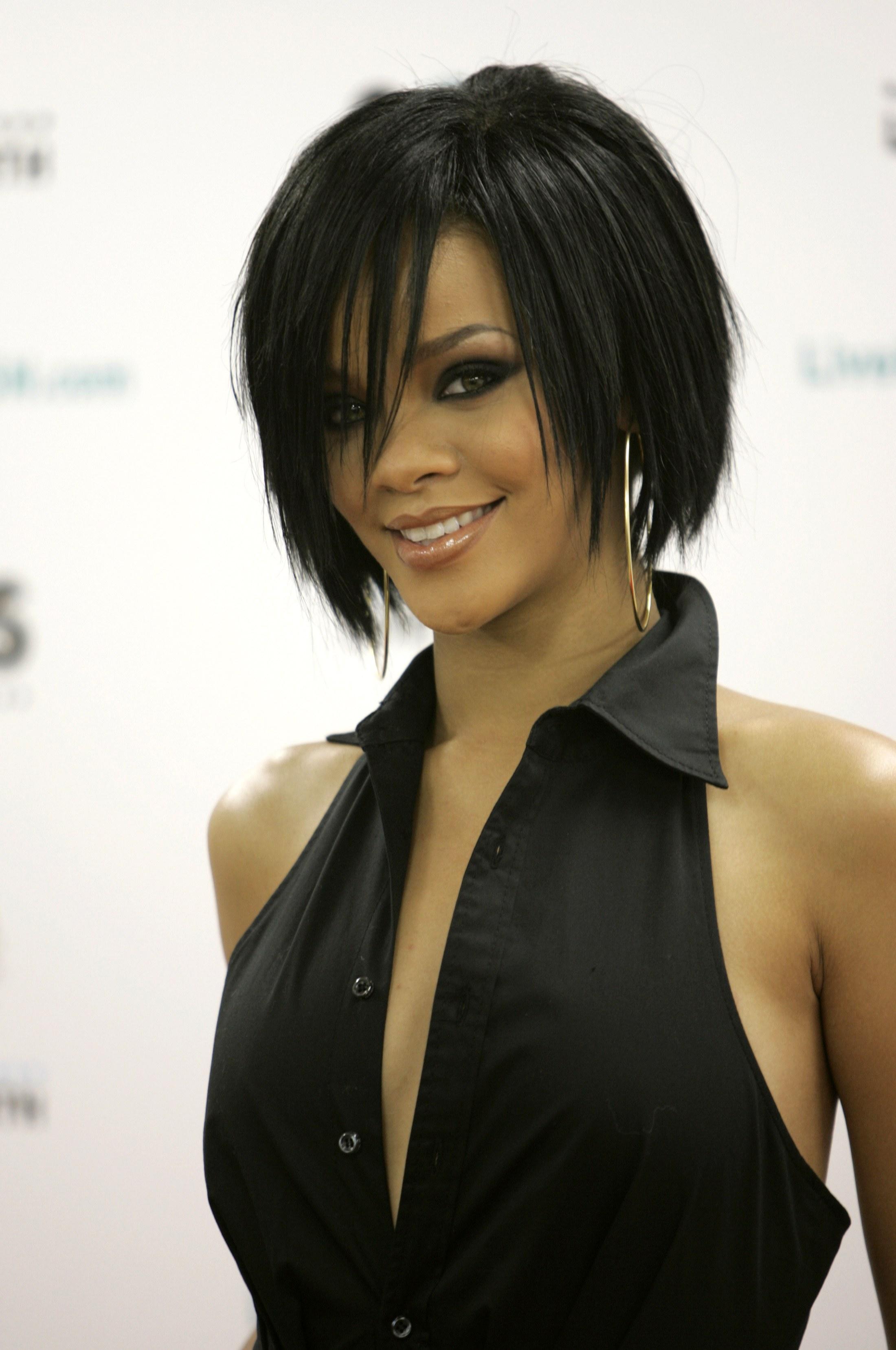 Coupe De Cheveux Rihanna Take A Bow